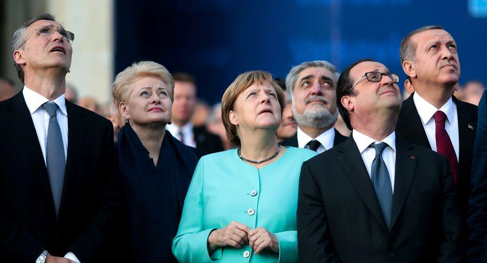 Líderes mundiales durante la Cumbre de la OTAN, Varsovia, Polonia, 8 de julio de 2016