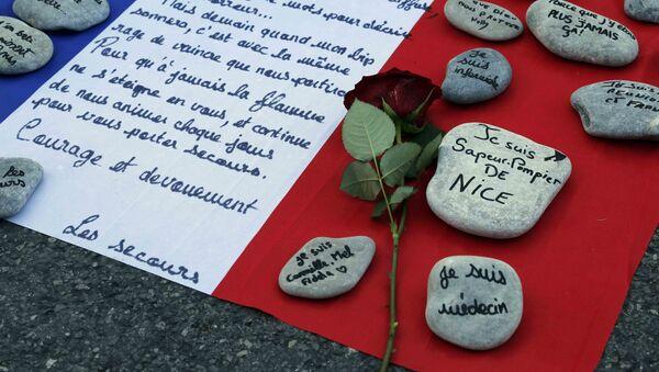 Homenaje a las víctimas del atentado de Niza - Sputnik Mundo