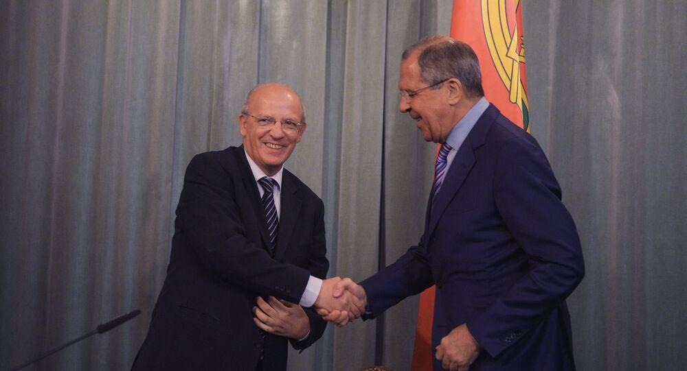 Canciller luso, Augusto Ernesto Santos Silva, y ministro de Exteriores de Rusia, Serguéi Lavrov