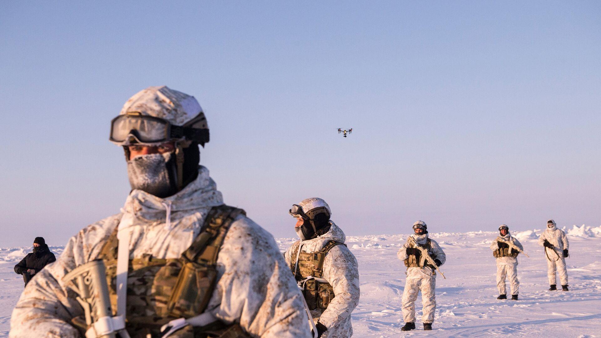 Militares de las Fuerzas especiales de Rusia en el Ártico - Sputnik Mundo, 1920, 01.06.2021