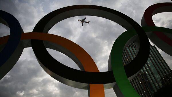 Los anillos de los Juegos Olímpicos en Río de Janeiro - Sputnik Mundo