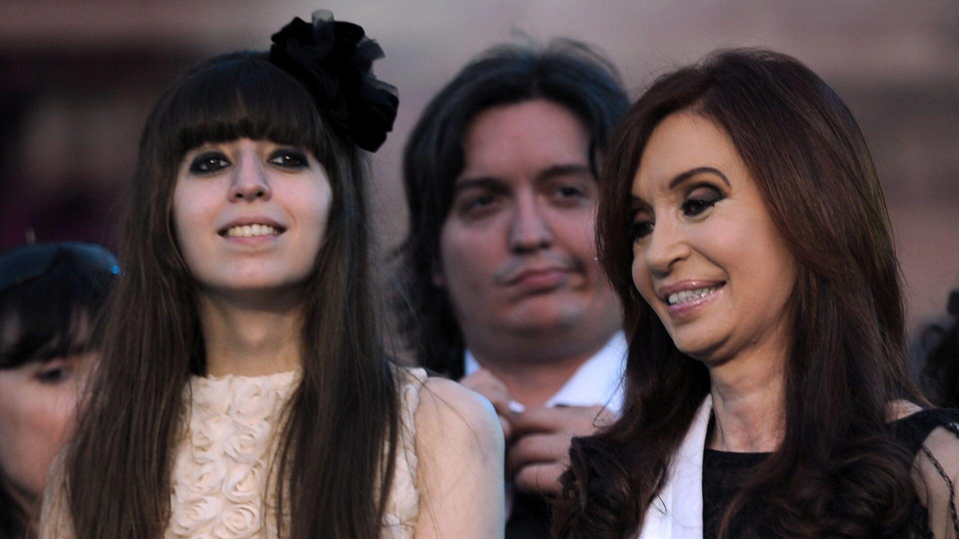Florencia Kirchner y  Cristina Fernández, expresidenta argentina - Sputnik Mundo, 1920, 10.06.2021