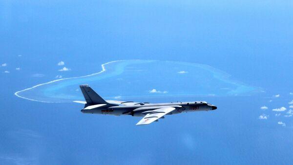 Un bombardero chino H-6K - Sputnik Mundo