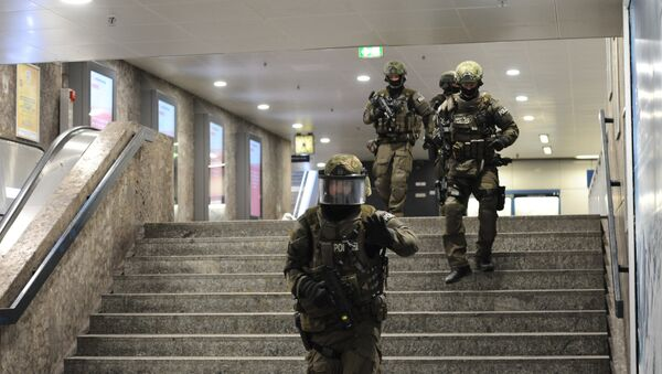 La policía en la operación en Munich tras los tiroteos en la ciudad alemana - Sputnik Mundo