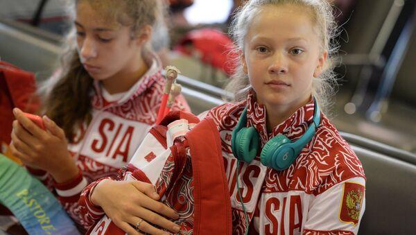 Atleta rusa de gimnasia artistica Daria Dúbova - Sputnik Mundo