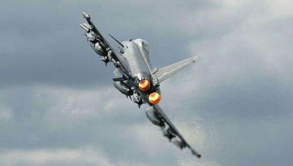 Avión de combate Eurofighter Typhoon - Sputnik Mundo