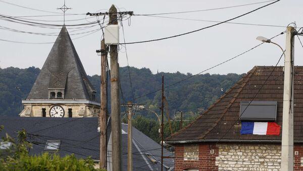 La aglesia de Saint-Étienne-du-Rouvray Normandía, Francia, donde mataron al sacerdote Jacques Hamel - Sputnik Mundo