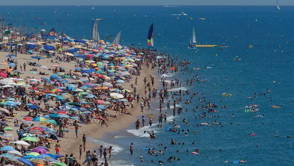 Playa en España - Sputnik Mundo