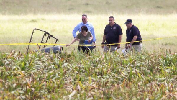 Confirman la muerte de 16 personas al estrellarse un globo aerostático en Texas - Sputnik Mundo