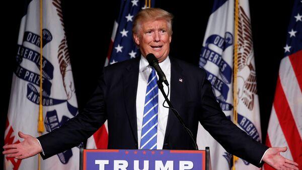 El candidato republicano a la presidencia de EEUU, Donald Trump - Sputnik Mundo