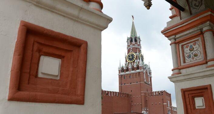 La Torre del Salvador del Kremlin en Moscú