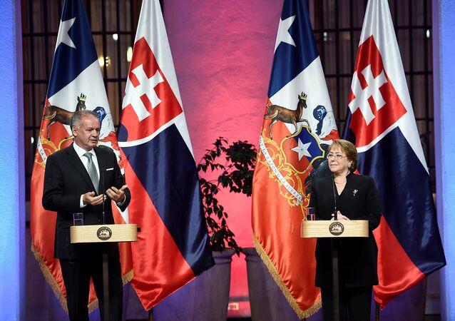 Presidente de la República Eslovaca, Andrej Kiska y presidenta de Chile, Michelle Bachelet