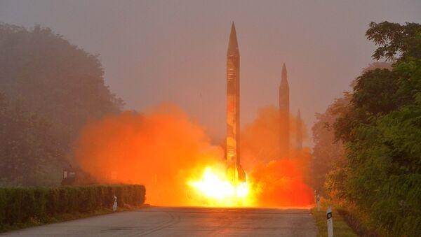 Misiles balísticos norcoreanos - Sputnik Mundo
