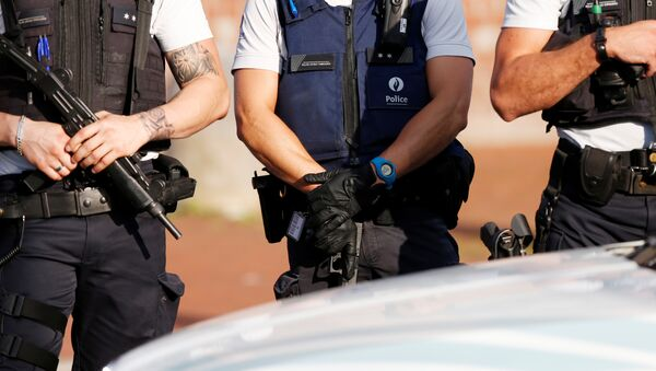 Los policías belgas en Charleroi - Sputnik Mundo