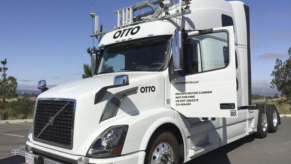 Camión sin conductor Otto, 2016 - Sputnik Mundo