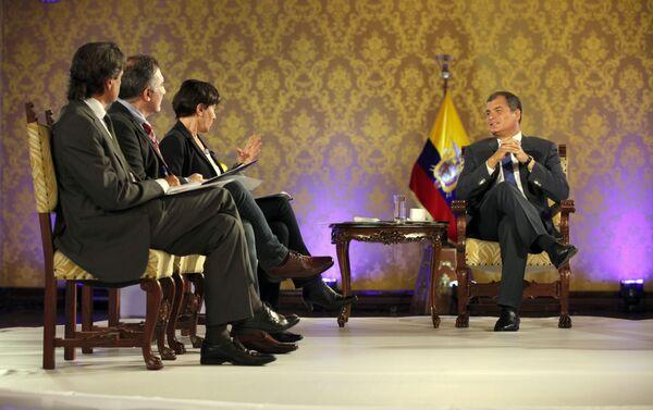 La entrevista con el presidente de Ecuador, Rafael Correa - Sputnik Mundo