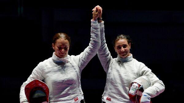 Sofia Velíkaya y Yana Egorián, sablistas rusas - Sputnik Mundo