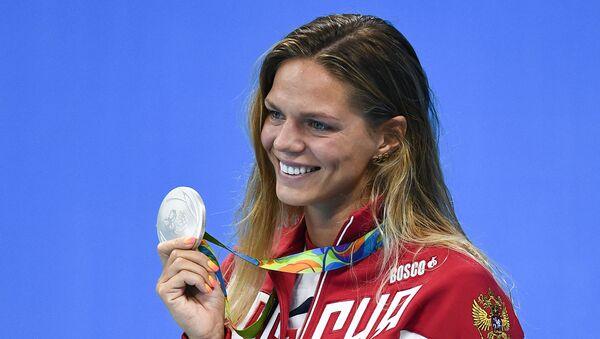 Yulia Efímova, nadadora rusa - Sputnik Mundo