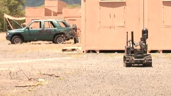 EEUU ensaya su nuevo robot de combate - Sputnik Mundo
