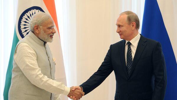 Primer ministro de la India, Narendra Modi, y presidente ruso, Vladímir Putin - Sputnik Mundo