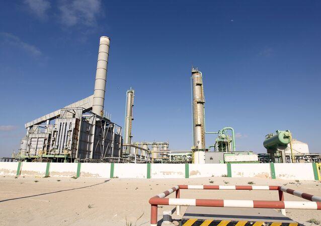 Un terminal petrolero en el puerto libio de Zueitina