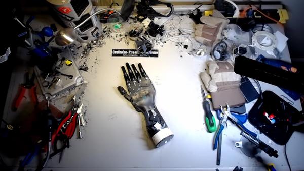 Mano robotizada Hedberg - Sputnik Mundo