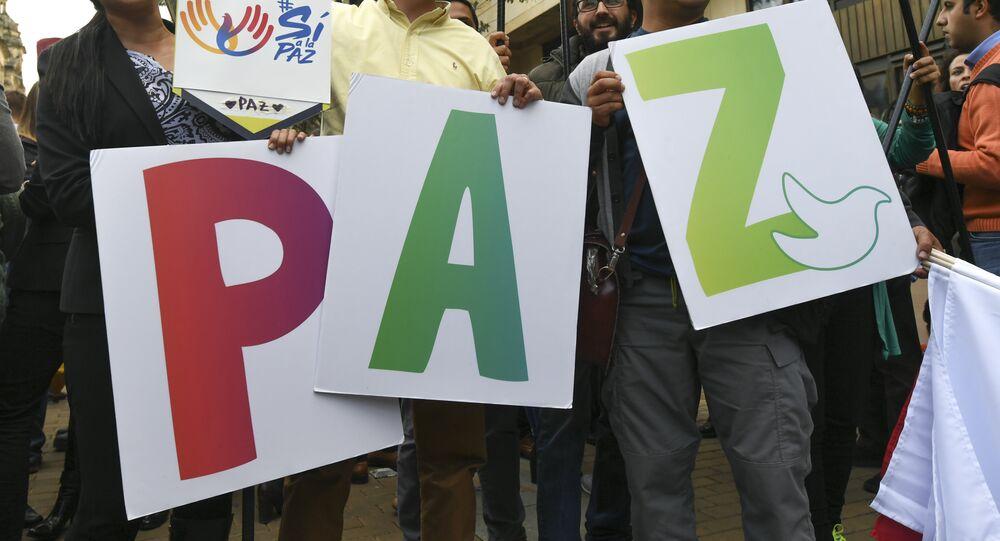 Manifestación pacífica por la paz en Bogotá