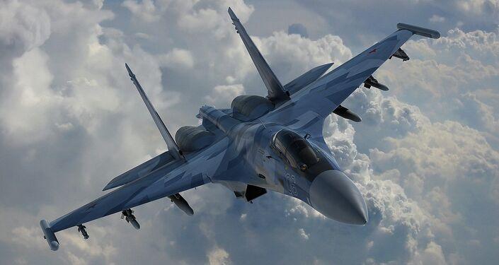 El avión Su-35
