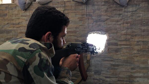 Observadores rusos reportan 47 violaciones de la tregua en Siria en 24 horas - Sputnik Mundo