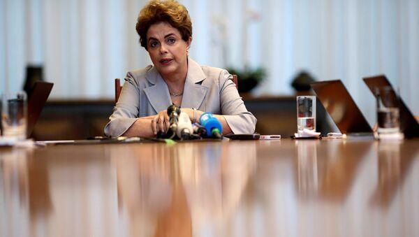 Dilma Rousseff, la expresidenta de Brasil - Sputnik Mundo