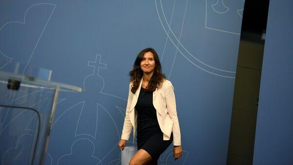 Aida Hadzialic, ministra de Educación Secundaria y para Adultos de Suecia - Sputnik Mundo