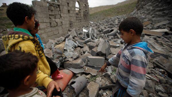 Niños en Yemen - Sputnik Mundo