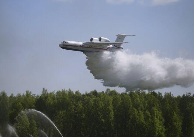 Aeronave anfibia Be-200ChS