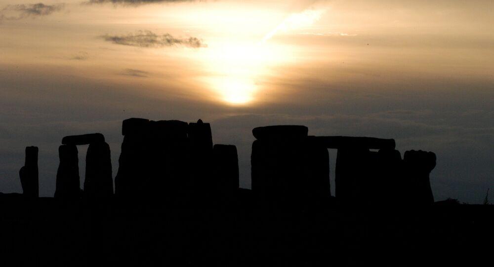 Amigos accidentalmente descubren 'Stonehenge' italiano (foto)