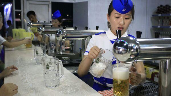 Festival de la cerveza celebrado en Corea del Norte - Sputnik Mundo