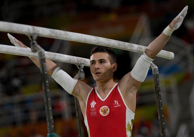Gimnasta ruso David Beliavski gana bronce en barras paralelas masculino en Río de Janeiro