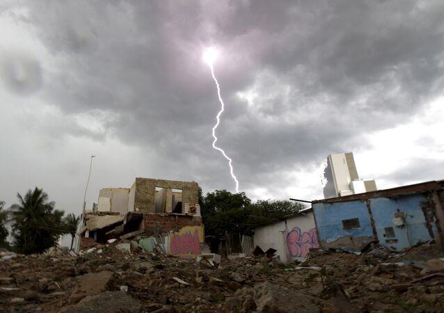 Una favela demolida
