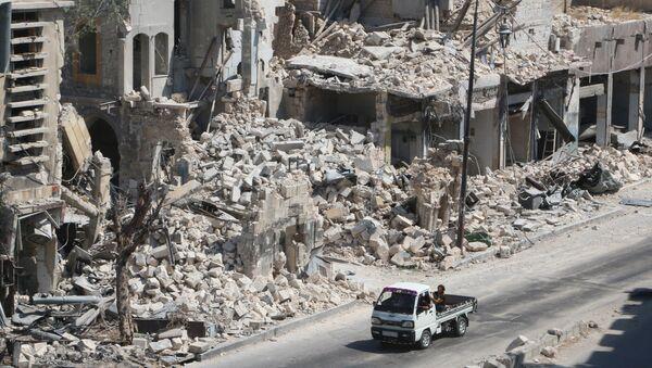 El barrio destruido en Alepo - Sputnik Mundo