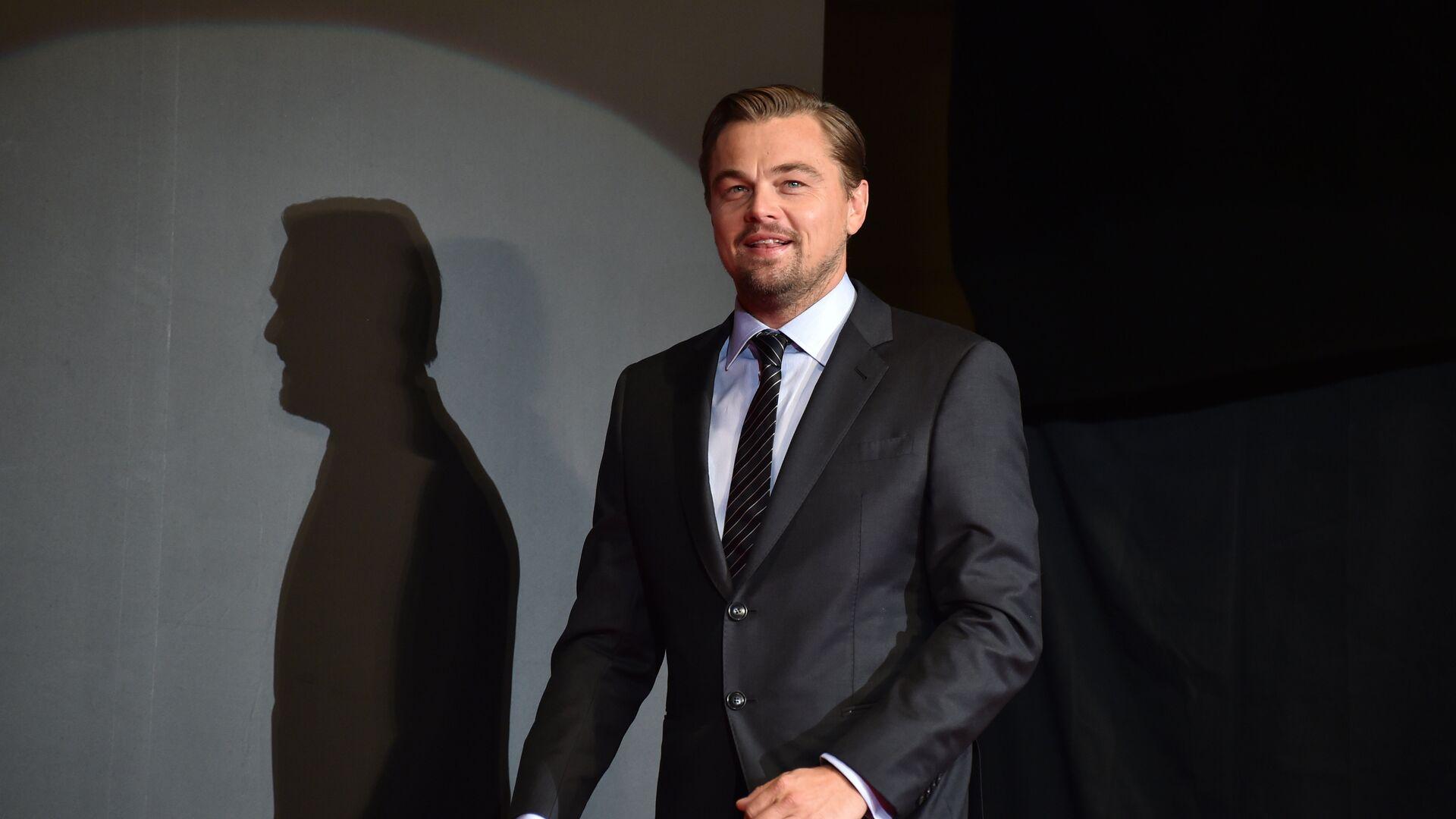 US actor Leonardo DiCaprio arrives for the Japanese premier for his new movie The Revenant in Tokyo on March 23, 2016.  - Sputnik Mundo, 1920, 18.05.2021