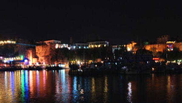 Antalya de noche - Sputnik Mundo