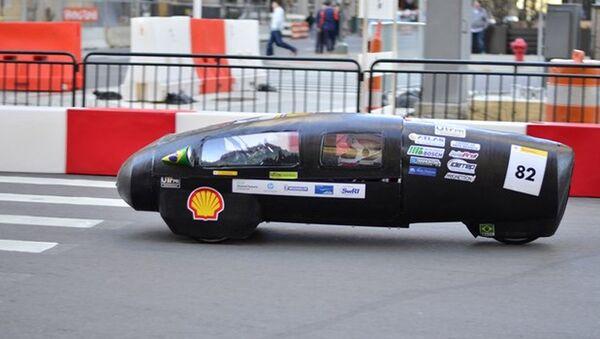 Estudiantes brasileños han desarrollado un prototipo de automóvil que puede superar los 300 km de distancia empleando únicamente un litro de etanol. - Sputnik Mundo