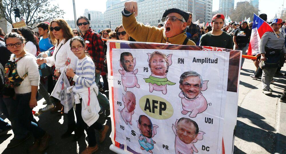 Protesta contra reforma de sistema previsional en Chile