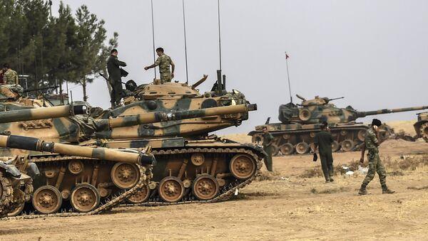 Tanques turcos en la frontera con Siria - Sputnik Mundo
