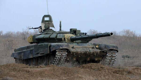 El tanque ruso T-72B3 - Sputnik Mundo