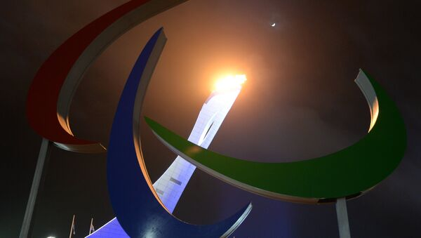 Encienden el pebetero paralímpico en la ceremonia de inauguración de los JJOO Paralímpicos en Sochi, 2014 (archivo) - Sputnik Mundo