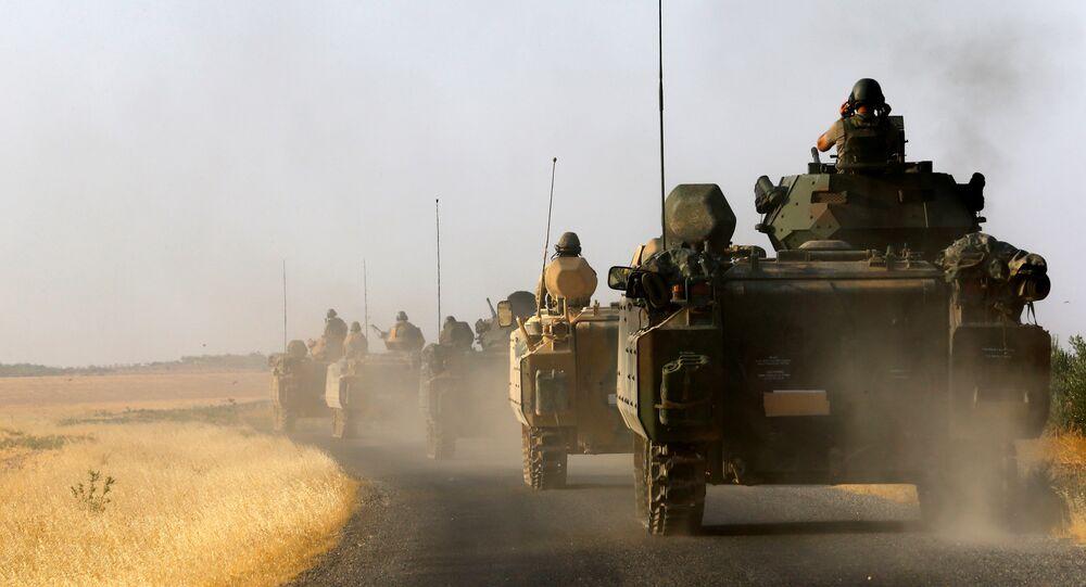 Los vehículos militares turcos (Archivo)