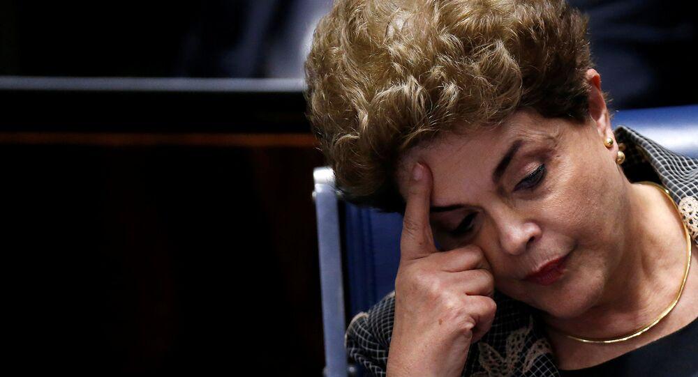La presidenta suspendida de Brasil, Dilma Rousseff, durante su defensa en el Senado del país (Archivo)