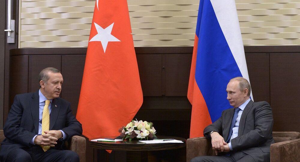 Banderas de Turquía y Rusia