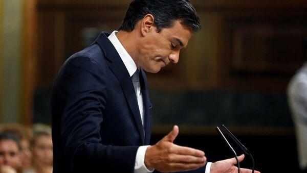 Pedro Sánchez, el líder del PSOE, durante el debate de investidura - Sputnik Mundo