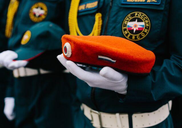Los rescatadores del Ministerio de Emergencias de Rusia
